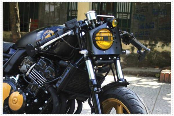 Sự sáng tạo với mẫu Honda CB400 độ Cafe Racer cực chất