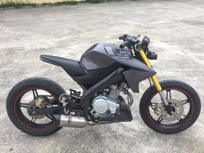 """Tổng thể hình dáng của chiếc Yamaha Fz150i độ theo phong cách """"bất chấp"""" tất cả theo ý tưởng của người sở hữu"""
