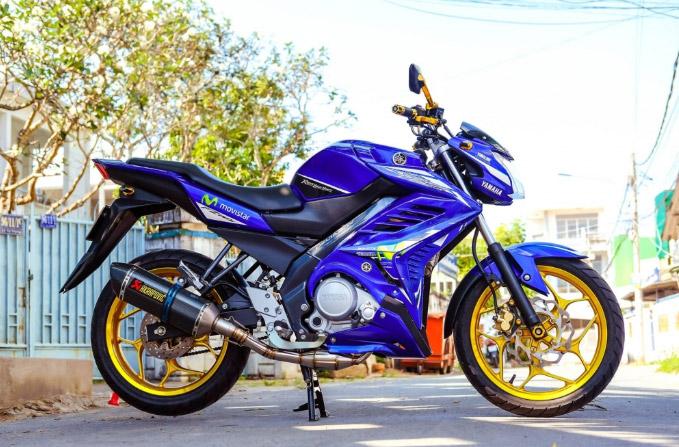 Yamaha Fz150i mang hình dáng bộ cánh xanh của chiếc Movistar