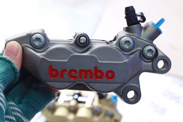 Tham khảo giá heo dầu Brembo hiện nay