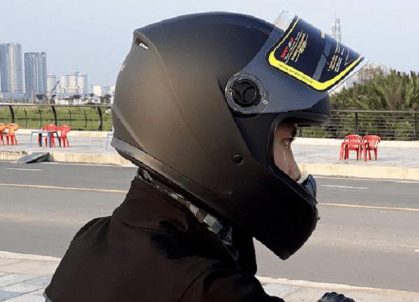 Mũ bảo hiểm Royal M136 đen mờ