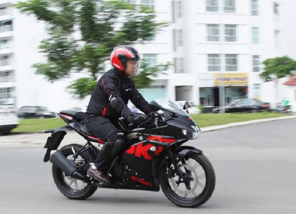 Suzuki GSX R150 là xe phân khối lớn dưới 100 triệu đáng mua