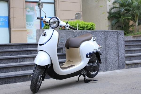 Honda Giorno 50 là xe máy 50cc đẹp cho học sinh